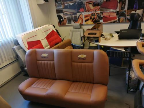 CHEVROLET sofa